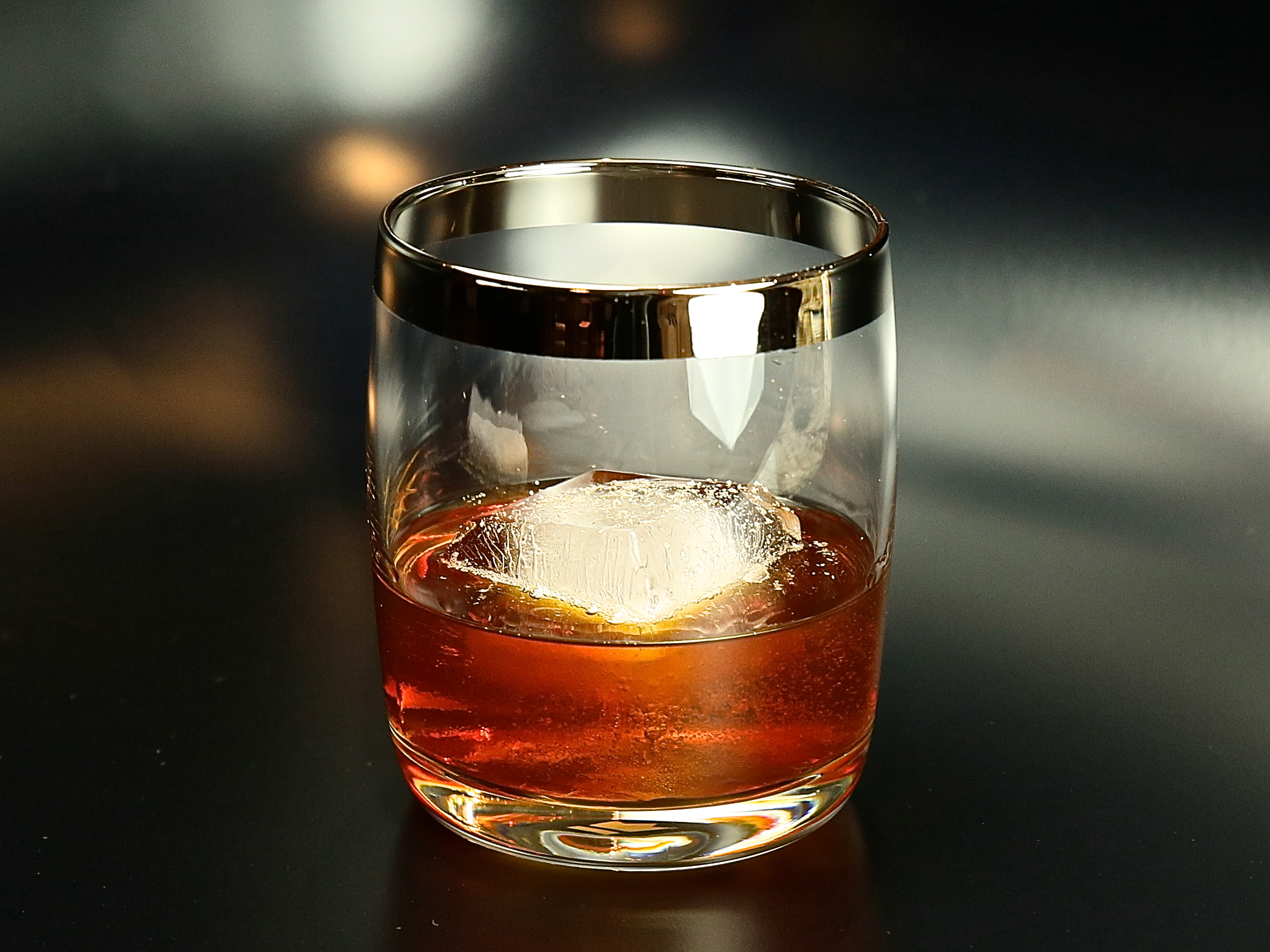 Holiday-Spiced Manhattan | cocktaildudes
