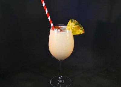 Piña Colada (blended)